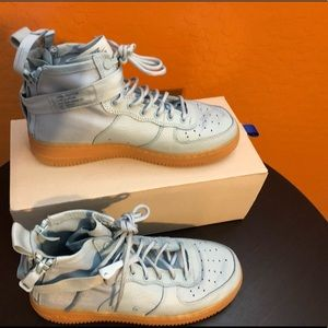 Nike SF AF1 Size Y7